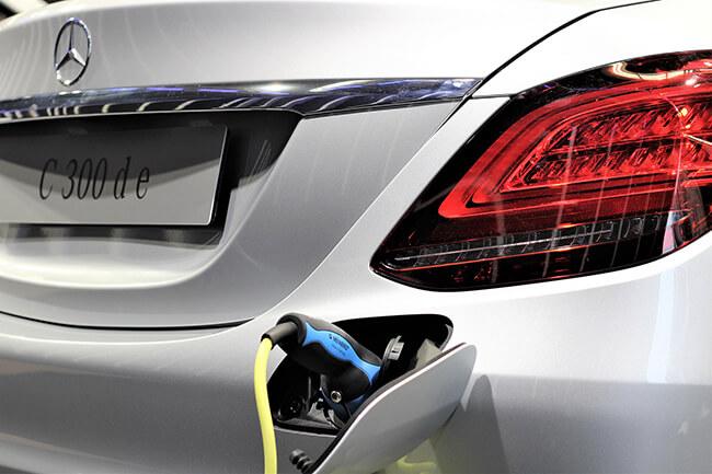 Mercedes Charging